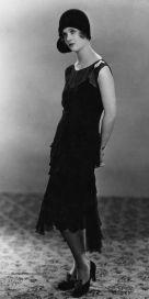 El primer LBD diseñador por Coco Chanel en la década de los años 20's