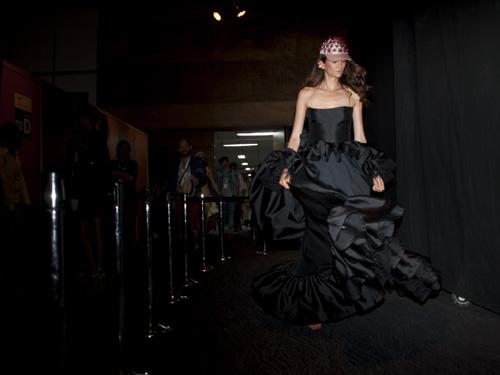 Vestido de Leal Daccarett presentado en Colombiamoda 2015