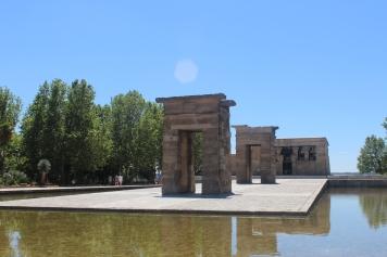 Templo egipcio dedicado a los dioses Amón e Isis. Regalo de Egipto a España