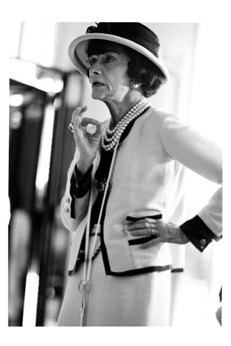 coco_chanel_01_V_16jul09_chanel_pr_b
