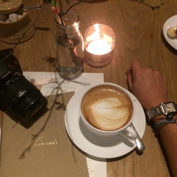 En el café de Burburry