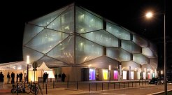 Le-Nuage-by-Philippe-Starck-00